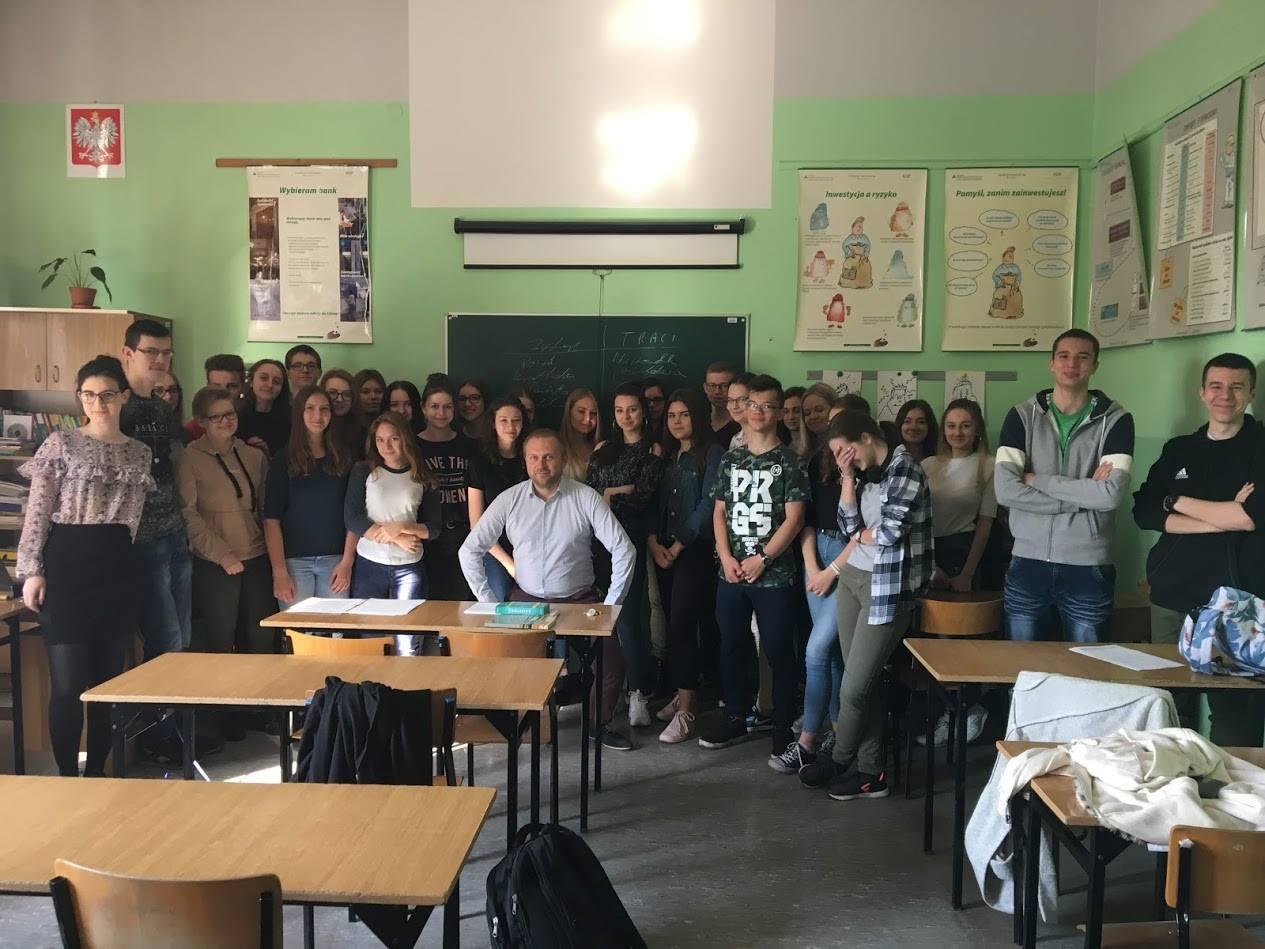 lekcje ekonomii dla młodzieży wodzisław śląski